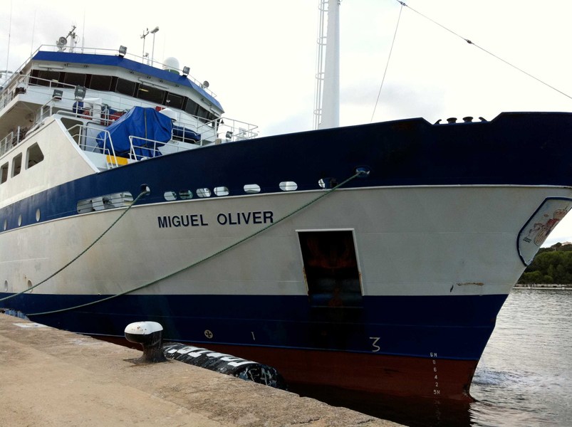 Vista del B/O Miguel de Oliver en puerto © IEO