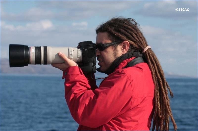 Enrique Pérez-Gil, foto-identificación de un grupo de delfines ©SECAC