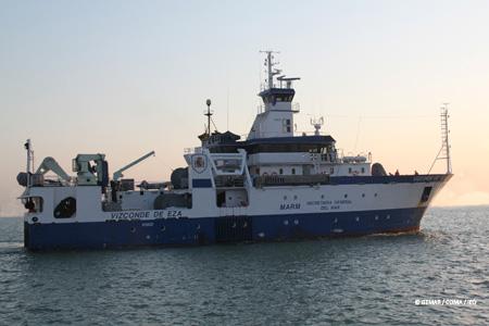 El Vizconde navegando hacia la zona de trabajo © IEO