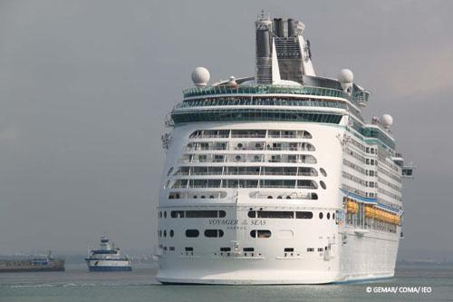 El Vizconde de Eza entra en puerto © IEO