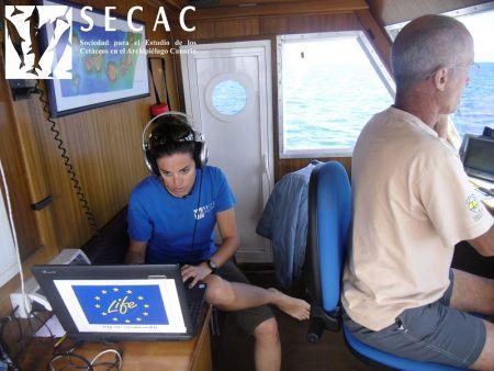 En el puente del Oso Ondo, introduciendo datos ©SECAC