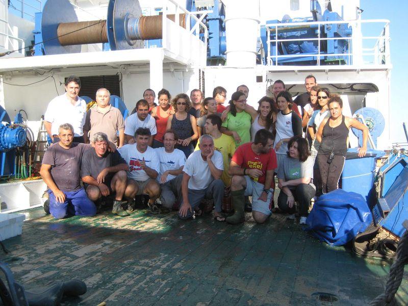 Grupo Campaña Agosto - Septiembre 2011 Canal de Menorca © IEO