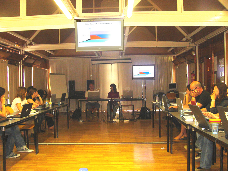 Expertos sobre cetáceos en el taller de Valsaín / Experts in cetacean in the Valsaín´s workshop ©ALNITAK