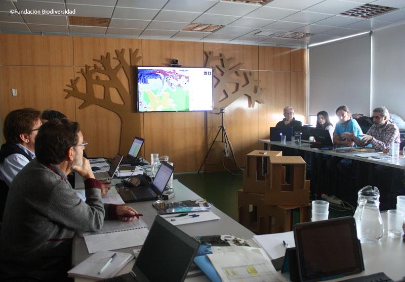 Cientificos del proyecto reunidos en el comité de hábitat ©Fundación Biodiversidad