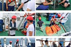 El Primer Oficial, Manuel Piñeiro, en varias de las actividades que realiza a bordo ©IEO