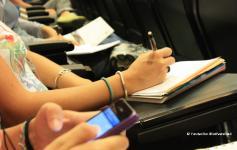 Tomando notas durante las Jornadas sobre Red Natura 2000 marina